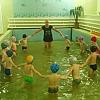 Двигательная деятельность в бассейне. Детский сад № 44