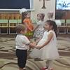 Маму поздравляют малыши. Детский сад 353