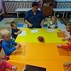 Лепка «Весёлые снеговички» в группе раннего возраста 2 Детский сад №1